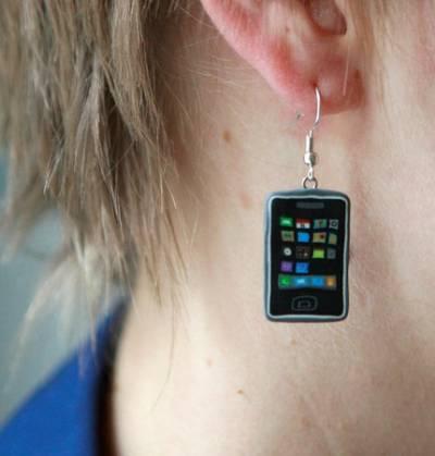 В продажу поступили iPhone-серьги