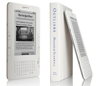 Amazon продает больше электронных книг на Kindle, чем бумажных