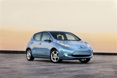 Nissan Leaf - Автомобиль 2012 года в Японии
