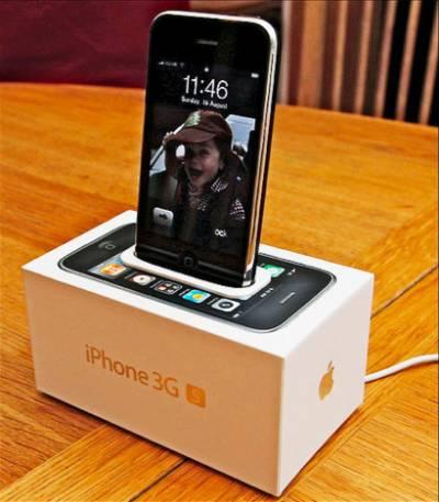 Dock для iphone 3G