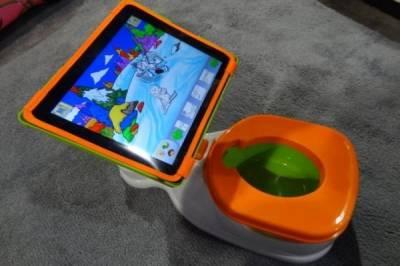 Девочка, которой всего 4 года, нуждается в лечении от iPad зависимости