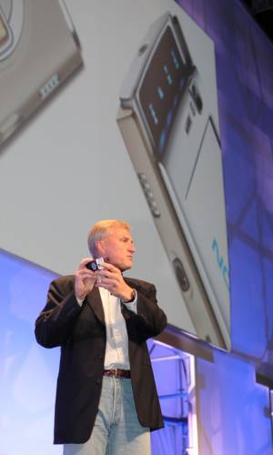 Вице-президент Nokia сравнил Android с писающими мальчиками